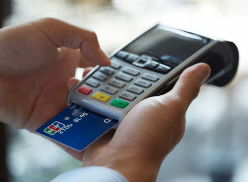dao han the tin dung vietcombank r1 c1 - Những điều cần biết về dịch vụ rút tiền thẻ tín dụng Hà Nội